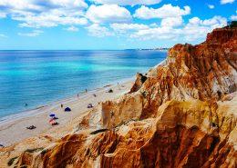 Zonas de praia concentram 64% do alojamento local