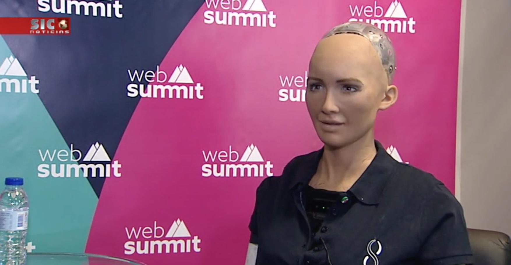 robot Sophia na Web Summit
